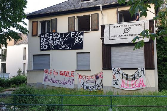 Wiesbadenaktuell Demonstranten Okkupierten Leerstehendes Gebäude In